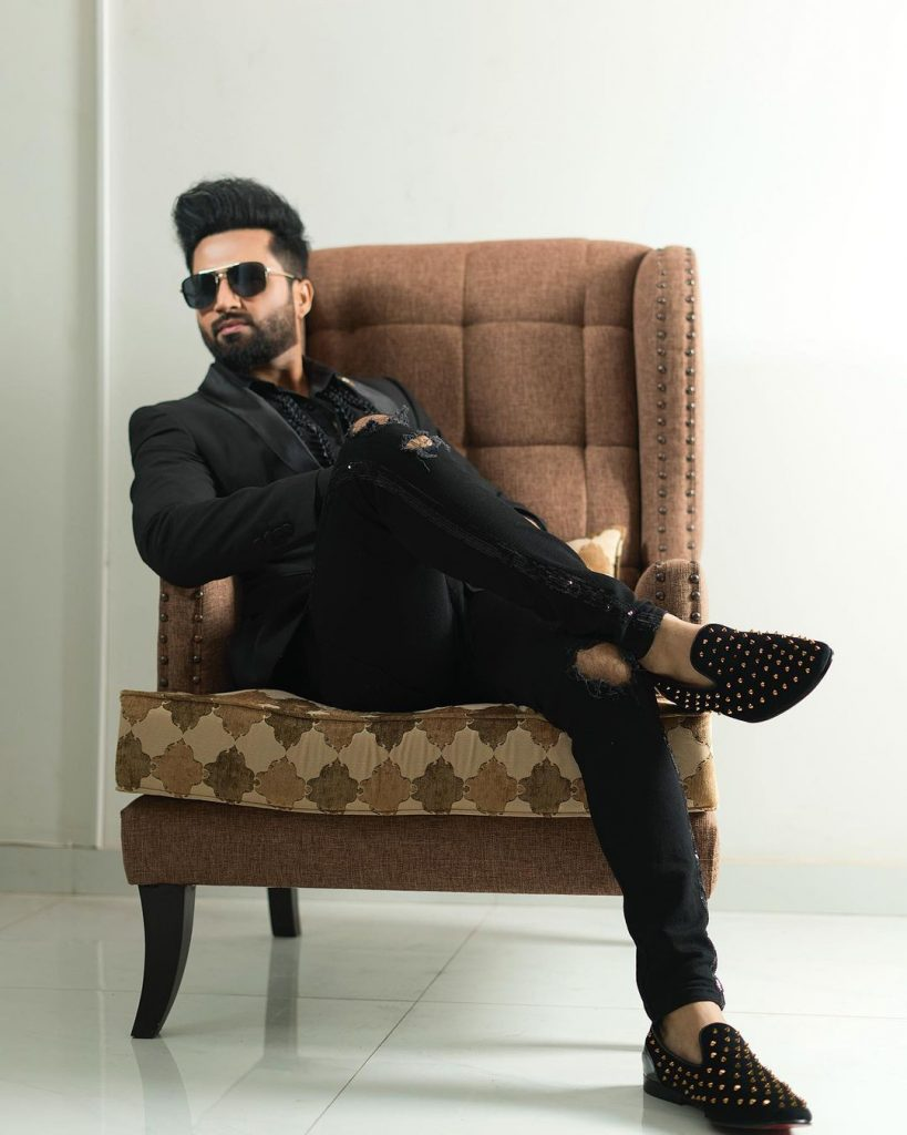 Is Falak Shabir All Set To Make His Acting Debut 2