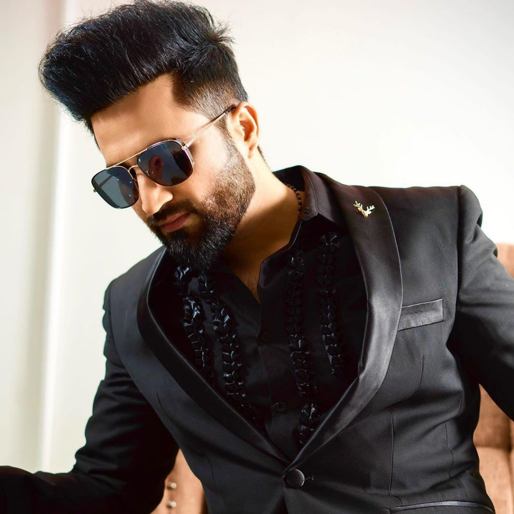 Is Falak Shabir All Set To Make His Acting Debut 3