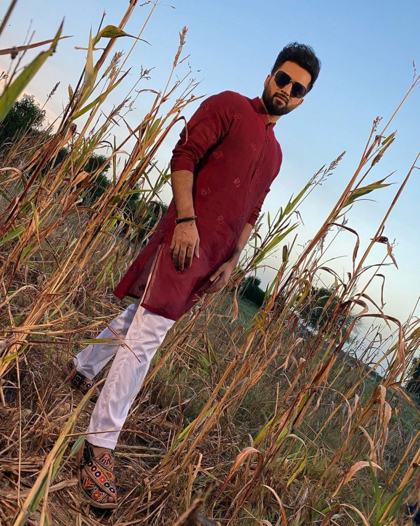 Is Falak Shabir All Set To Make His Acting Debut 43