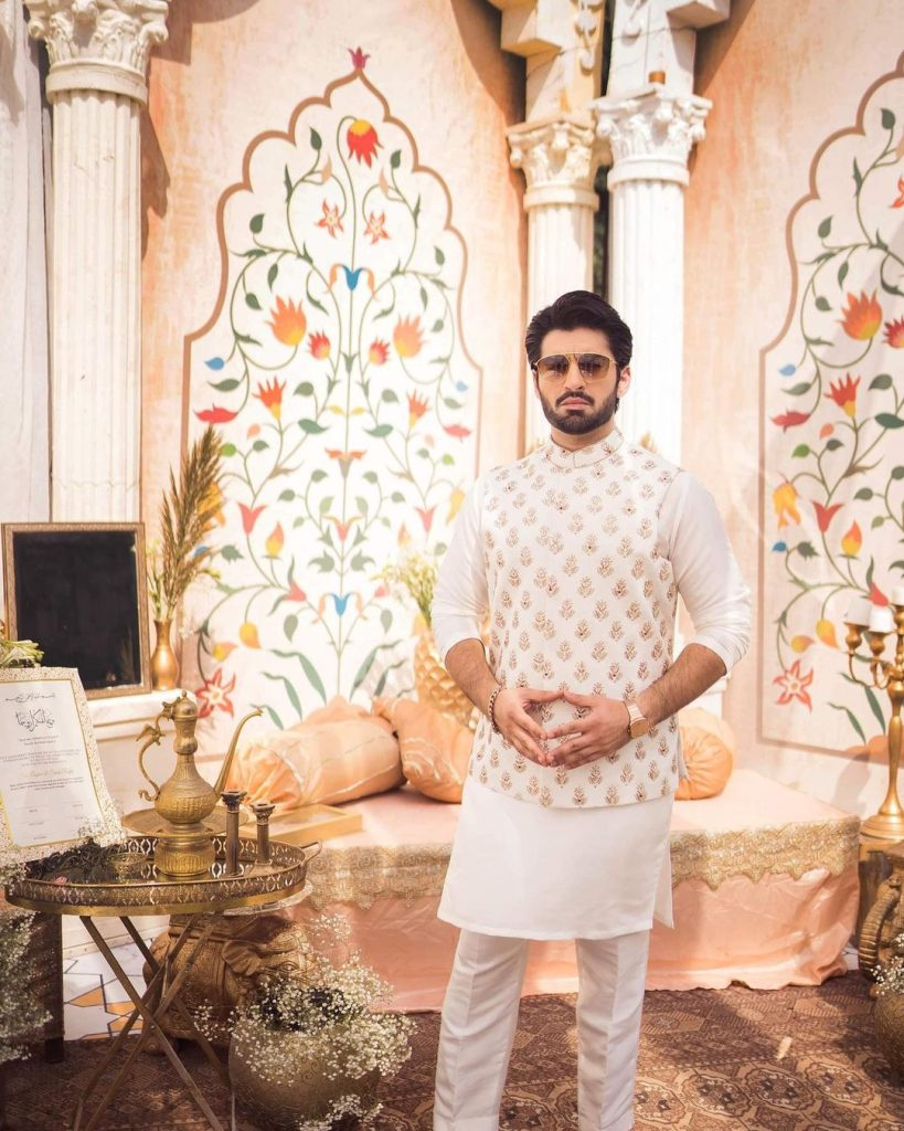 Charming Pictures Of Muneeb Butt And Alizeh Shah From Their Latest Shoot