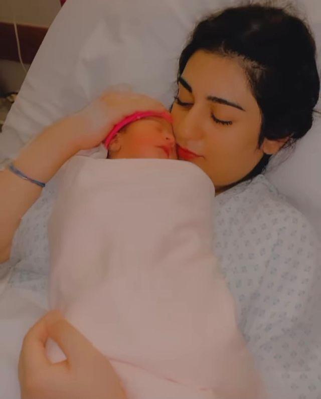 Sarah Khan And Falak Shabbir Shared Adorable Video Of Their Newborn Daughter