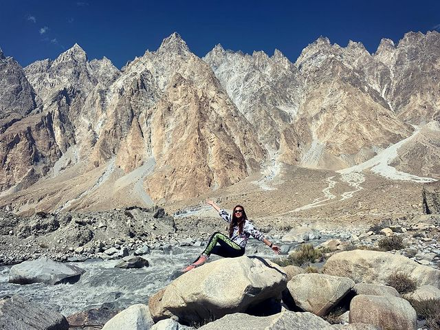 Anoushey Ashraf Treats Fans With Vacation Pictures From Hunza