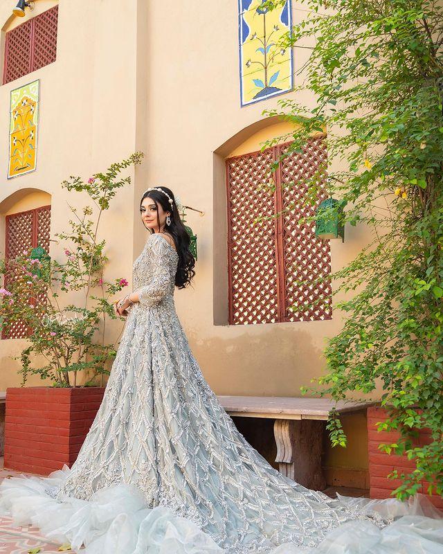 Noor Khan Looks Drop Dead Gorgeous In Her Latest Bridal Shoot